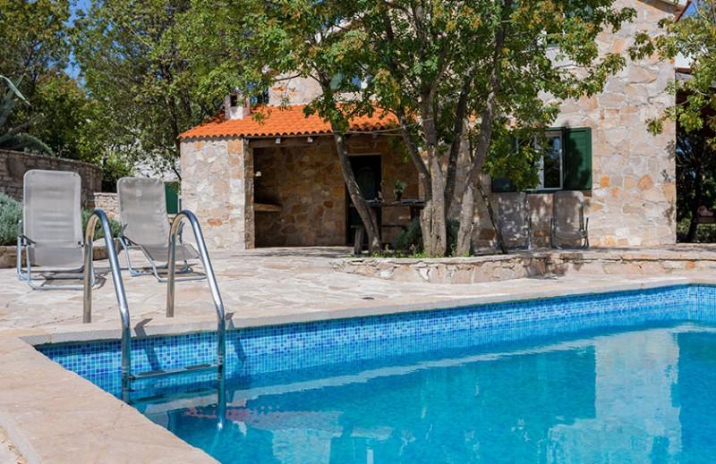 Yoga Retreat Brac Villa Sanja Outdoors