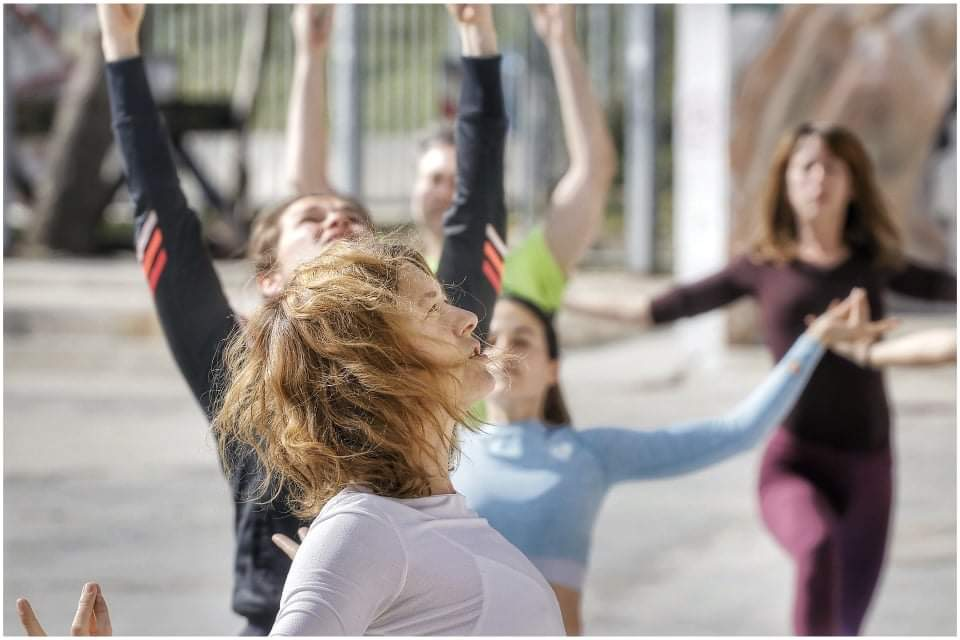 yoga-beach-pose-croatia